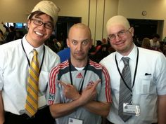 .@AndrewLincoln snapped a shot of DoppelDeaners plus an EXTRA understudy! (@JPManoux aka Fake Moby/Dean)