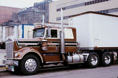 I found this wonderful Kenworth for Metz Beverage Co. waiting to load at Blatz Brewery in Milwaukee, Wisconsin way back in 1977.