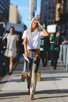 Jeans and a tee, but way less basic. #refinery29 http://www.refinery29.com/2016/09/120553/nyfw-spring-2017-best-street-style-outfits#slide-73