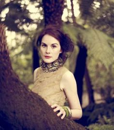 Michelle Dockery: Vogue UK August by Jason Bell. Michelle channels the most amazing modern day turn of the century elegance. She is English rose perfection all the way. Michelle Dockery, Givenchy, Valentino, Elsa Peretti, Carolina Herrera, Karl Lagerfeld, Lady Mary Crawley, Downton Abbey Cast, Laura Carmichael