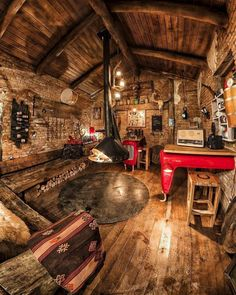 Home Rustic Bedroom Cozy Cabin 17 Ideas Tiny House Cabin, Log Cabin Homes, Wood Dog House, Log Cabins, Cabin Interiors, Cabins And Cottages, Cozy Cabin, Cabins In The Woods, House In The Woods