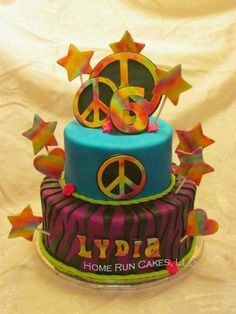 Airbrushed peace sign cake
