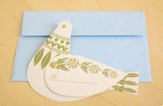 素敵な羽を動かして!水色の封筒とハトのカード(クロヤギ座) - 鳥モチーフ雑貨・鳥グッズのセレクトショップ:鳥水木    #bird #torimizuki Stationery Pens, Stationery Design, Birthday Greeting Cards, Birthday Greetings, Letter Set, Lettering, Illustration, Prints, Photography