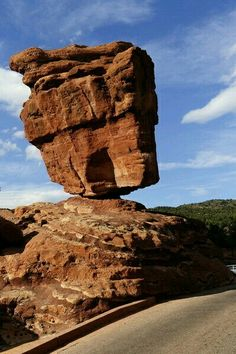 Balanced Rock, Arches National Park, Utah. The big rock on top is the size of 3 school buses!