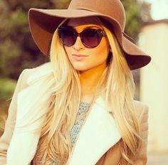 Image via We Heart It #blondehair #classy #fashion #sunglasses