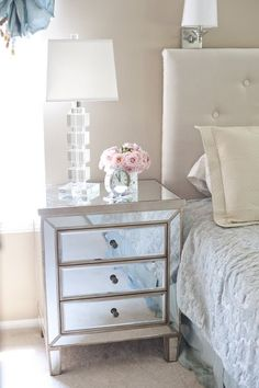 mirrored dresser - would be beautiful in a walk in closet