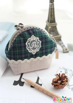 basic coin purse...