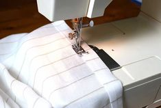 This is a beginner sewing project for you to cut your DIY teeth on. It's easy and fast to make. It takes 2 skills, ironing, and straight stitching. French Doors Bedroom, French Door Curtains, French Doors Patio, Layered Curtains, Lined Curtains, Drapery Panels, Fabric Panels, Sewing Projects For Beginners, Sewing Tutorials