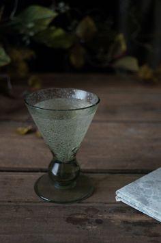 Hippocras of Cordial, 1676 recipe Coriander Seeds, Brewing, Cordial, Alcohol, Tableware, Cersei, Glass, Food Ideas, Fantasy