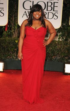 Amber Riley - please teach your costars how to dress