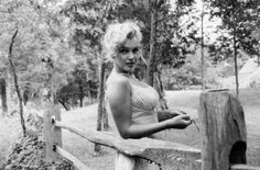 Marilyn Monroe photographed by Sam Shaw.