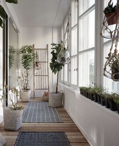 The balcony is a great place for the imagination of the designer. How to arrange green plants and flowers on the balcony? Apartment Balcony Decorating, Apartment Balconies, Cafe Interior, Interior Design, Balcony Design, Balcony Ideas, Indoor Balcony, Balcony Garden, Diy Patio