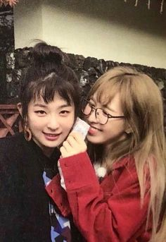 """""""Wendy looks at Seulgi like she hung up all the stars in the sky just for her"""" Kpop Girl Groups, Korean Girl Groups, Kpop Girls, I Love Girls, Guys And Girls, Irene, Wendy Red Velvet, Red Velvet Seulgi, Most Beautiful Faces"""
