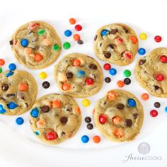 The Best Soft and Chewy M&M'S Cookies - Big, bakery-style cookies you can make at home that are BETTER than the bakery's! An easy recipe for the classic cookies everyone loves! M&m Cookie Recipe, Easy Cookie Recipes, Sweet Recipes, Easy Recipes, Oven Recipes, Köstliche Desserts, Delicious Desserts, Dessert Recipes, Yummy Food