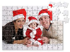 What a lovely family shown on this jigsaw puzzles!