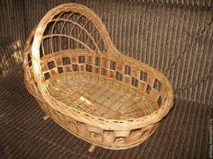 Купить Плетеная люлька для куклы из натуральной лозы - бежевый, люлька, люлька для кукол, детская Woven Baskets, Basket Weaving, Rattan, Wicker, Basket Decoration, Newspaper, Making Out, Bamboo, Home Decor
