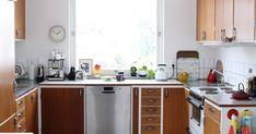 timeless home design 60s Kitchen, Compact Kitchen, Mini Kitchen, Atrium House, Home Reno, Interior Inspiration, Kitchen Inspiration, My Dream Home, Teak