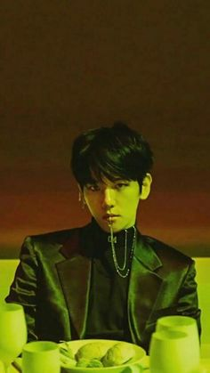 I swear to soap if BAEKHYUN doesn't stop doing this to me