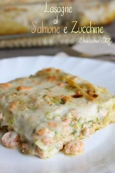 Lasagne with Salmon and Zucchini Fish Recipes, Meat Recipes, Seafood Recipes, Pasta Recipes, Cooking Recipes, Healthy Recipes, I Love Food, Good Food, Yummy Food