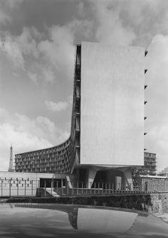 UNESCO Headquarters, Paris France (1952-1958) 1975 photo | Marcel Breuer/ Pier Luigi Nervi/ Bernard Zehrfuss