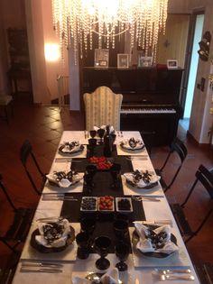 tavola apparecchiata a casa mia