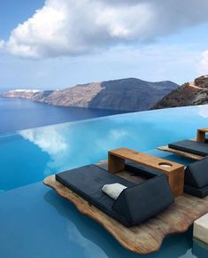 Double tap if you wanna visit Santorini. 👇 Santorini is the largest island of a circular archipelago in the southern Aegean Sea. Beautiful Places To Travel, Beautiful Hotels, Unique Hotels, Wonderful Places, Dream Vacations, Vacation Spots, Paradise Travel, Beste Hotels, Travel Aesthetic