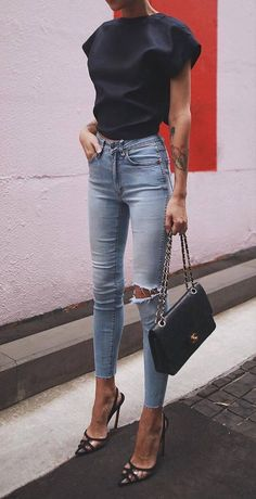 Streetstyle Casual Outfits Ideen Mode Outfits - - Source by outft_pnme Fashion Mode, Look Fashion, Fashion Trends, Chic Womens Fashion, Trendy Fashion, Classy Fashion, Fashion Black, Fashion 2018, Modest Fashion