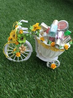 Precious Tips for Outdoor Gardens - Modern Thali Decoration Ideas, Basket Decoration, Kalash Decoration, Wedding Gift Baskets, Wedding Gift Wrapping, Indian Wedding Gifts, Indian Wedding Decorations, Trousseau Packing, Marriage Decoration