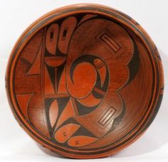 HOPI POTTERY BOWL BY FROG WOMAN C. 1920 http://www.liveauctioneers.com/item/11226158_hopi-pottery-bowl-by-frog-woman-c-1920