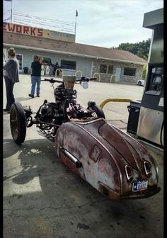 Yeah, it's a bike, but lots of custom body ideas here. Concept Motorcycles, Cool Motorcycles, Vintage Motorcycles, Custom Trikes, Custom Cars, Reverse Trike, Trike Motorcycle, Drift Trike, Car Wheels