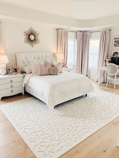 Home Decor Bedroom We love how The Pink Dream styled our Boucle Seaborn Natural Rug!Home Decor Bedroom We love how The Pink Dream styled our Boucle Seaborn Natural Rug! Dream Rooms, Dream Bedroom, Home Decor Bedroom, Bedroom Rugs, Bedroom Bed, Bedroom 2018, Warm Bedroom, Bedroom Themes, Romantic Master Bedroom Decor On A Budget