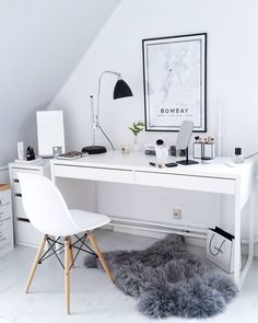 31 White Home Office Ideas To Make Your Life Easier; home office idea;Home Office Organization Tips; chic home office. Home Office Design, Home Office Decor, Office Ideas, Office Furniture, Office Rug, Desk Decor Teen, Furniture Plans, Kids Furniture, Office Floor
