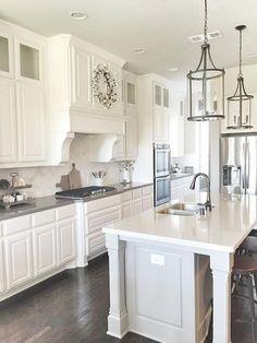 Love This Kitchen Island Lighting Ideas (46) #kitchenislands #kitchenarquitecture