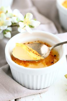 Crème Brûlée - kermaista herkkua - Suklaapossu Dessert Recipes, Desserts, Creme, Tailgate Desserts, Deserts, Postres, Dessert, Desert Recipes, Pastries Recipes
