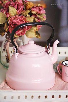 Kettle Rate this from 1 to Kettle The Right Teakettle for You Chantal Copper Whistling Tea Kettle, Copper Reston Lloyd qt. Whistling Tea Kettle How Pink Love, Pretty In Pink, Vintage Pink, Couleur Rose Pastel, Tout Rose, Teapots And Cups, Everything Pink, Chocolate Pots, My Tea