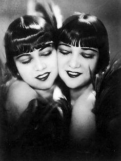 1920s Sisters #antique #1920s #flapper #sisters #vintage
