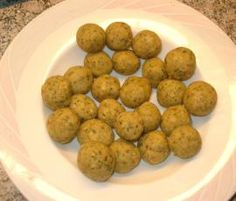 Falsche Markklößchen Recipe False marrowballs from Thermomixchen - recipe in the basic recipes categ Soup Recipes, Dog Food Recipes, Diet Recipes, Vegetarian Recipes, Chicken Broth Can, Vegetarian Lifestyle, Bowl Of Soup, All Vegetables, Food Categories