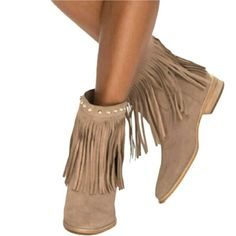 💋4xHP💋Michael Kors Fringe Boots (BRAND NEW) 💋HONORED HOST PICK💋   Brand New!!  Michael Kors fringe booties. These booties feature gold stud details, fun fringe and a gold Michael Kors name plate at the back. Pair with anything!!!  Leather upper Rubber Sole  size 6 Michael Kors Shoes Ankle Boots & Booties