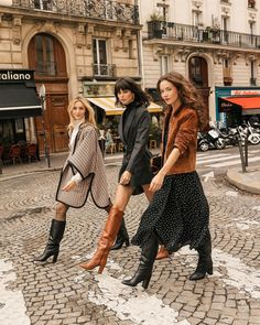 Lucie Mahé, Léa-Elisabeth and Justine Soranzo in Minelli boots Casual Outfits For Girls, Classy Outfits, Pretty Outfits, Stylish Outfits, Beautiful Outfits, Girl Outfits, Fashion Outfits, Girl Fashion, Womens Fashion