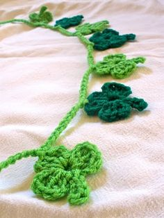 Shamrock Crochet Garland - hope I have enough time to make this for St. Patrick's Day!