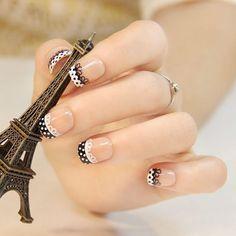 uñas elegante negro y blanco