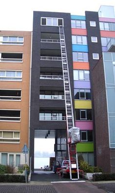 El elevador de Mudanzas de Valencia, Asegurandole un buen precio para su mudanza ademas de untrato profesional.