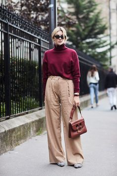 See all the most covetable street style looks from Paris Fashion Week Spring 2019 Street Style 2017, Spring Street Style, Street Style Looks, Cool Street Fashion, Paris Fashion, Fashion Photo, Daily Fashion, Fashion Beauty, Womens Fashion
