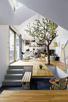 Hardel+LiBihan Architectss'estchargé de la conception de cette maison à double niveau au cœur de Paris.
