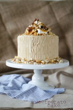 Sweet poato cake with brown sugar frosting/Louise´s Spis