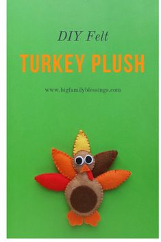 This adorable DIY Felt Turkey Plush is absolutely adorable, and so much fun to make! Turkey Project, Turkey Craft, Sgraffito, Felt Diy, Felt Crafts, Peru, Thanksgiving Art Projects, Ard Buffet, Sewing Projects For Kids