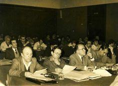 Santiago Carrillo en el Comité Central del Partido Comunista de España, celebrado en Madrid el 2 y 3 de febrero de 1980. Foto EFE.