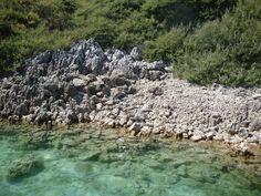 Walking along the shore to find turtles - Lake Kourna (Η λίμνη Κουρνά).