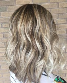 """""""Cream Soda"""" Is the Hottest Hair Color Trend for Fall 