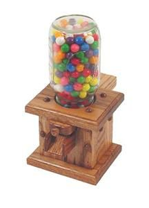 I had a wooden bubble gum dispenser when I was a kid and I thought it was the coolest! Diy Projects To Try, Projects For Kids, Diy For Kids, Wood Projects, Diy Gumball Machine, Wood Spice Rack, Bubble Gum Machine, Candy Dispenser, Amish Furniture